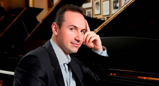 "Simon Trpceski begins ""Makedonissimo"" at Wigmore Hall in London"