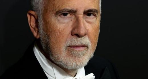 The conductor López Cobos dies